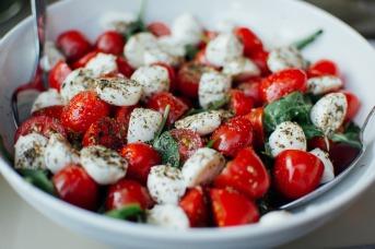 tomatoes-925698_1920